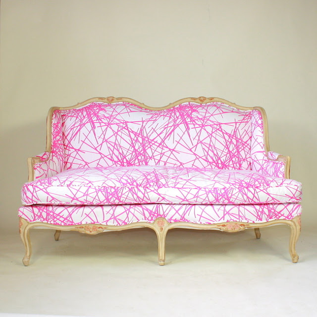 Furbisg pink lines sofa