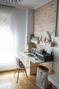 How To Pick The Right Desk For Home Office